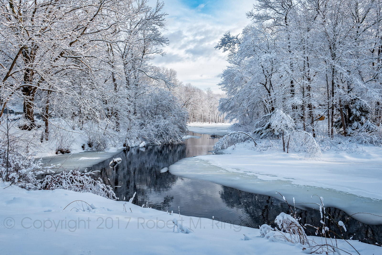 Snow, pond, new england, essex county, photo
