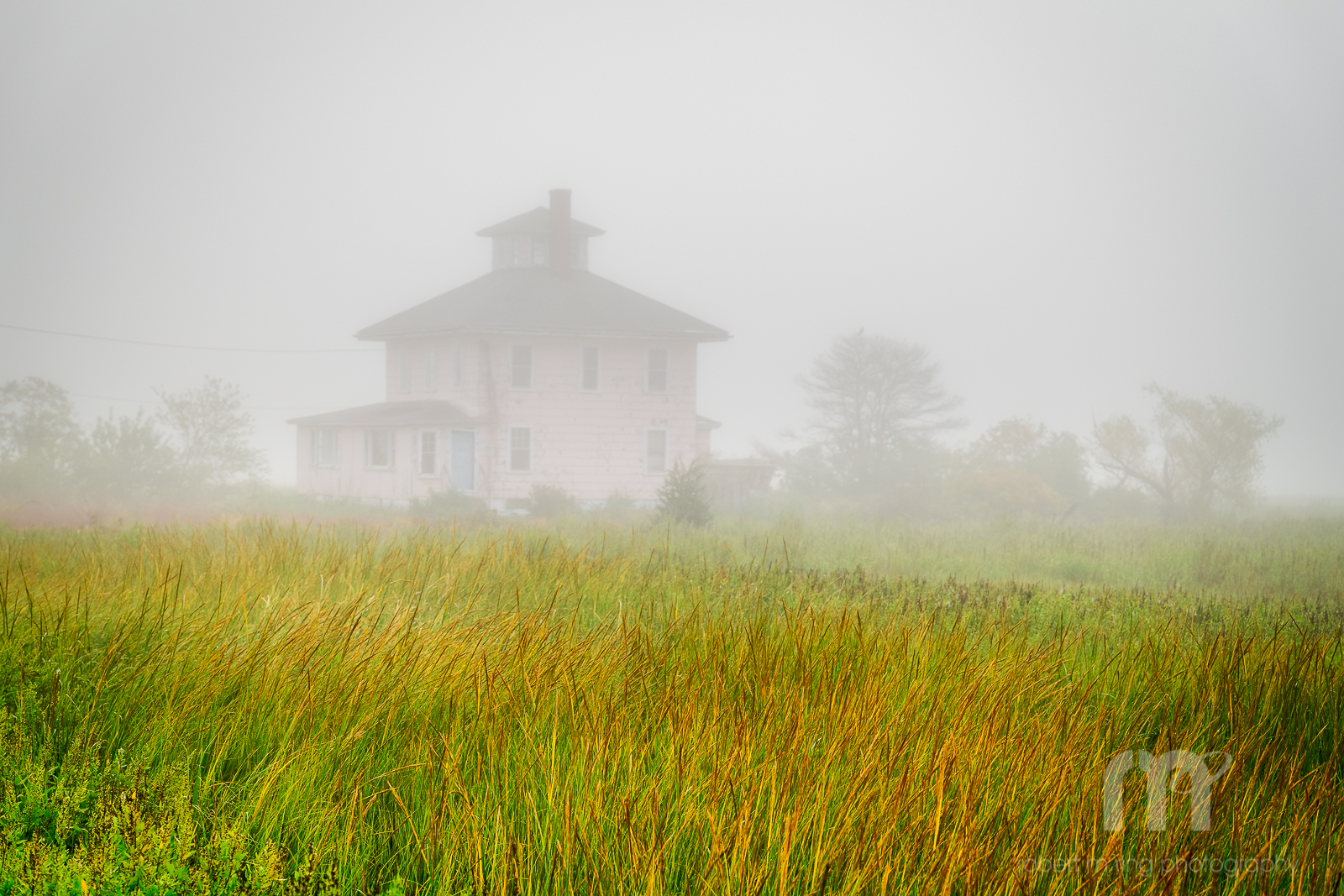 Fog, Foggy, Pink House, New England, North Shore, scenic, landscape, essex county