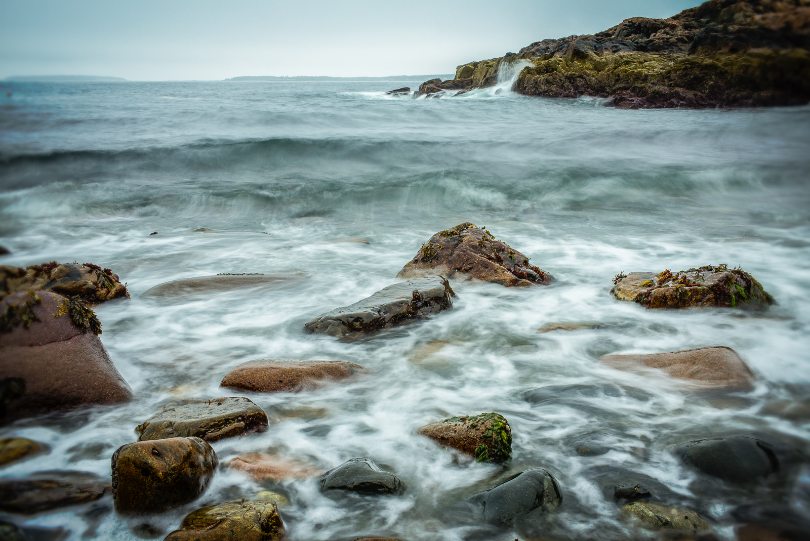 Acadia, Little Hunter's Beach, coast, waves, rocks, fog, new england