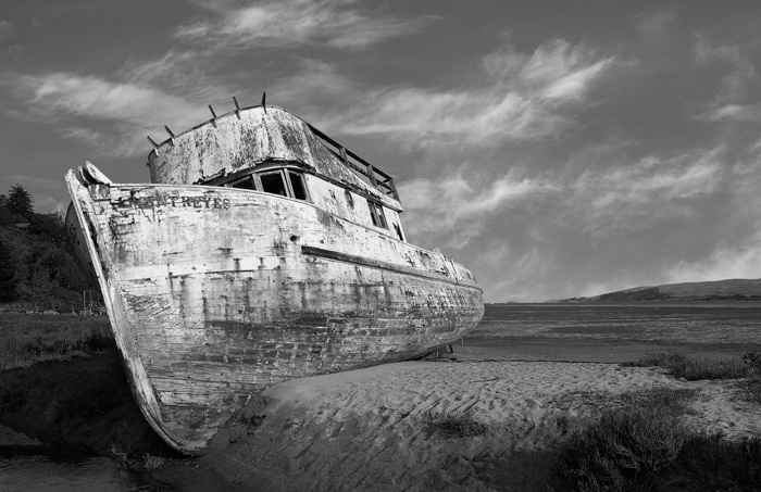 Pt Reyes, California, Boat, Ocean, Black & White, photo