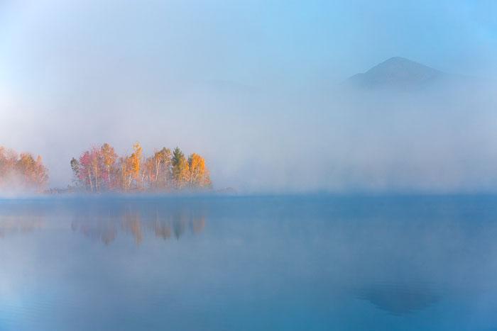 Vermont, fog, sun, sunrise, dawn, island, foliage, leaves, New England Photo Workshops, photo