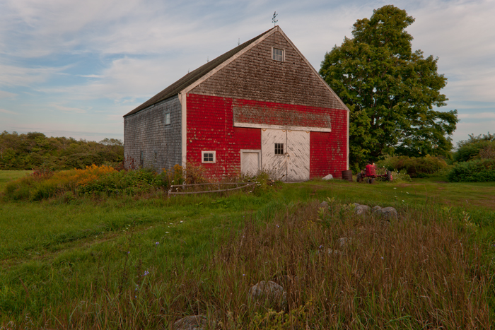 Bremen, Maine, Tractor, Barn, field, photo