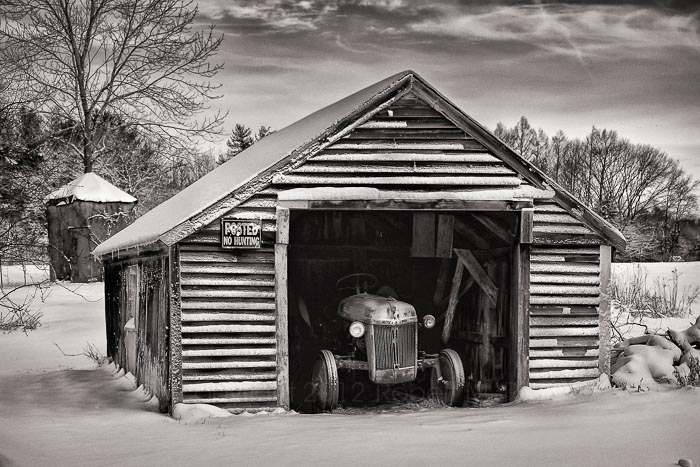 New England, black & white, tractor, MA, Snow, photo